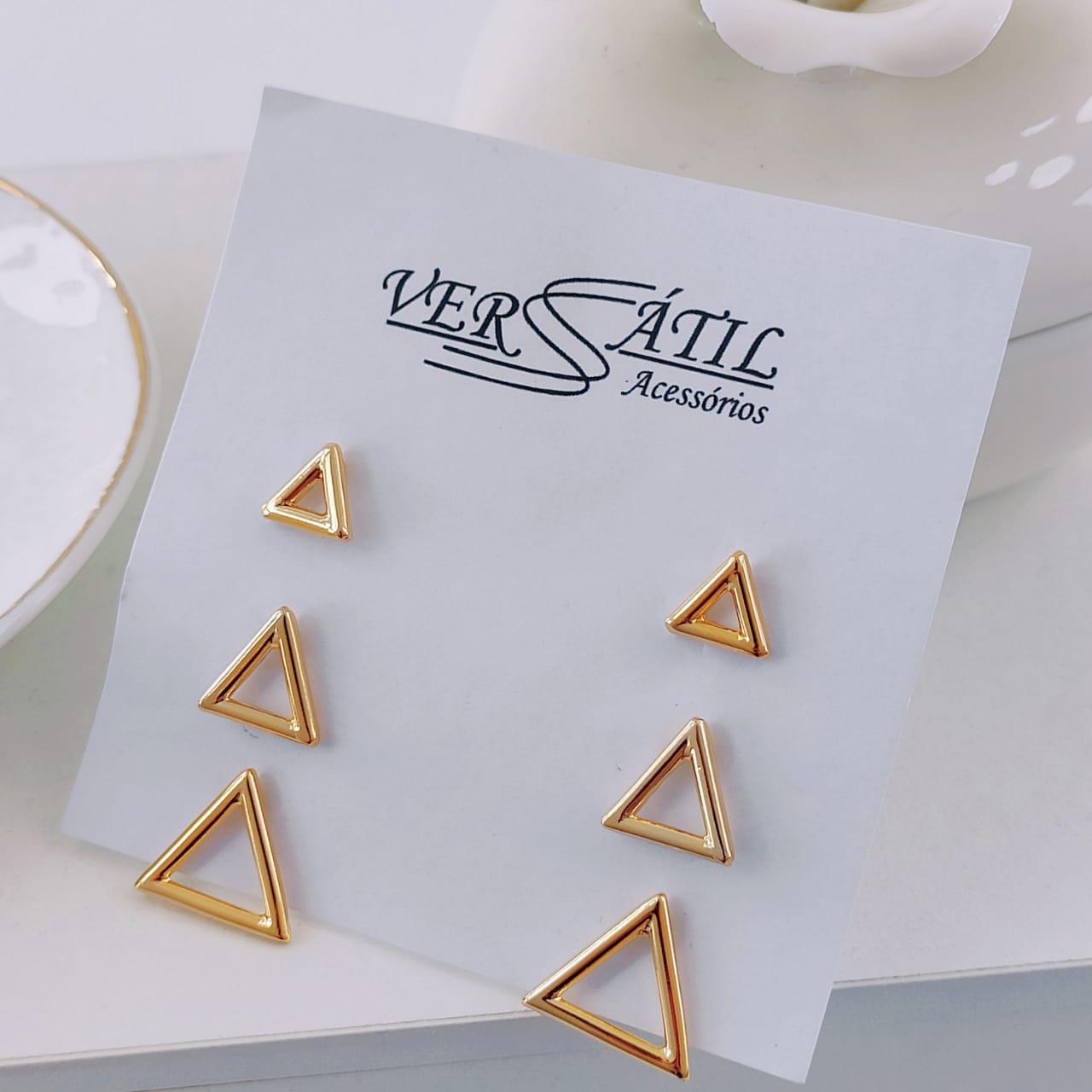 Mix de Brincos em Formato de Triângulo