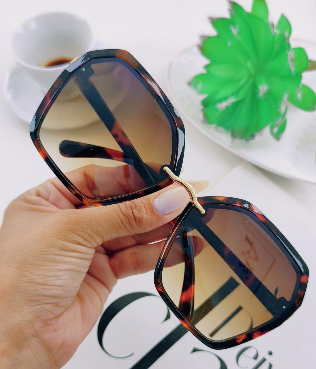 Óculos de Sol Hexagonais Oversized