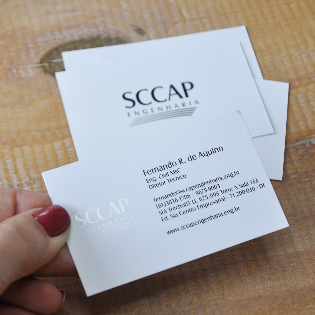 1.000 Cartões de Visita com Laminação Fosca + Verniz Local
