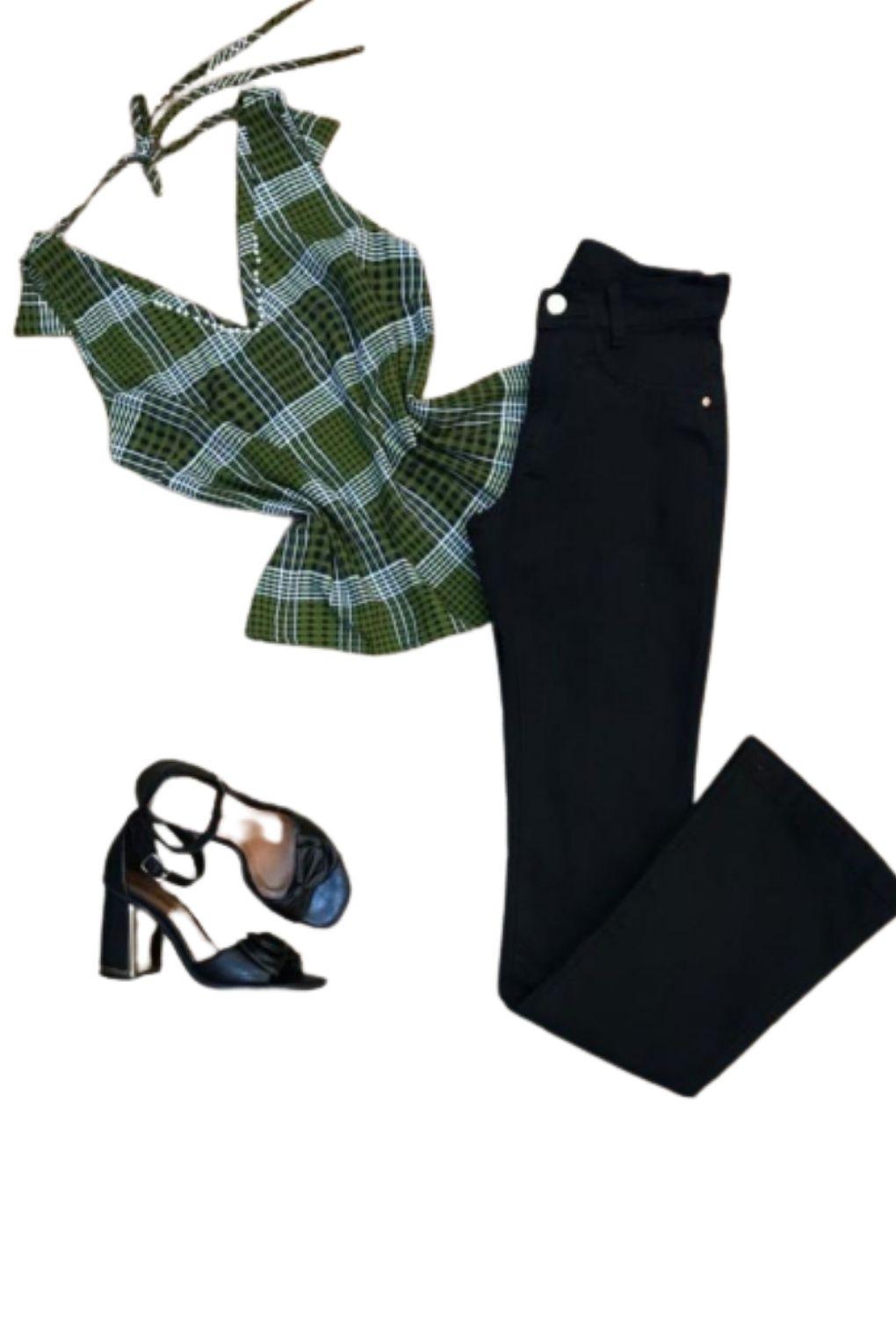 Blusa VickStar Xadrez com Detalhe Decote e Costas  - ModaStore | Moda Feminina