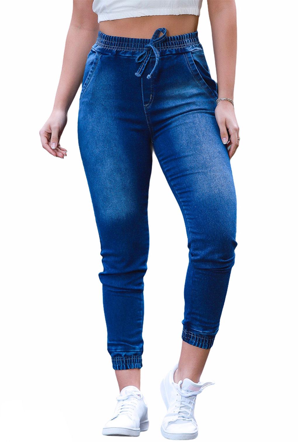 Calça Feminina Jeans Jogger Lisa Com Elástico Na Cintura E Barra  - ModaStore | Moda Feminina