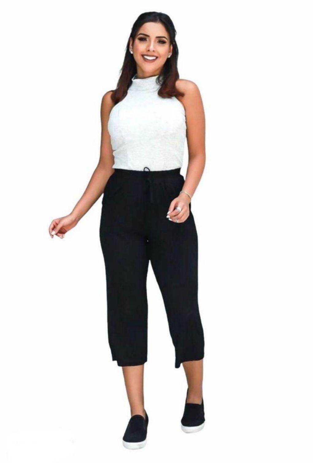 Calça Pantacourt Lisa em Malha  - ModaStore | Moda Feminina