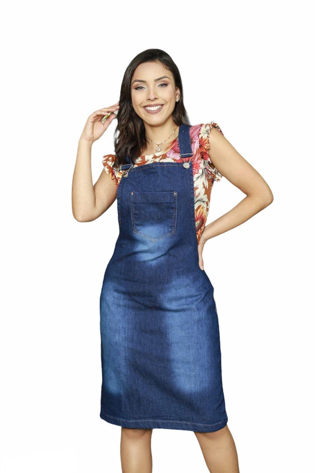Jardineira Salopete Feminina Jeans Moda Evangélica Midi Bolso Frontal  - ModaStore   Moda Feminina