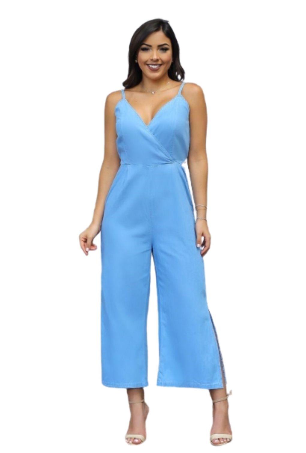 Macacão Jeans Alcinha Decote Transpassado Abertura  - ModaStore | Moda Feminina