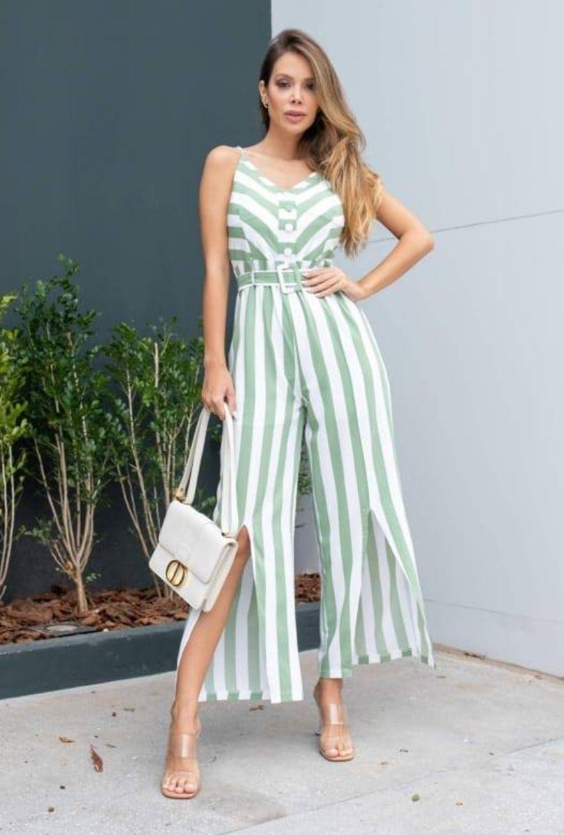 Macacão Listrado Fenda e Cinto  - ModaStore | Moda Feminina