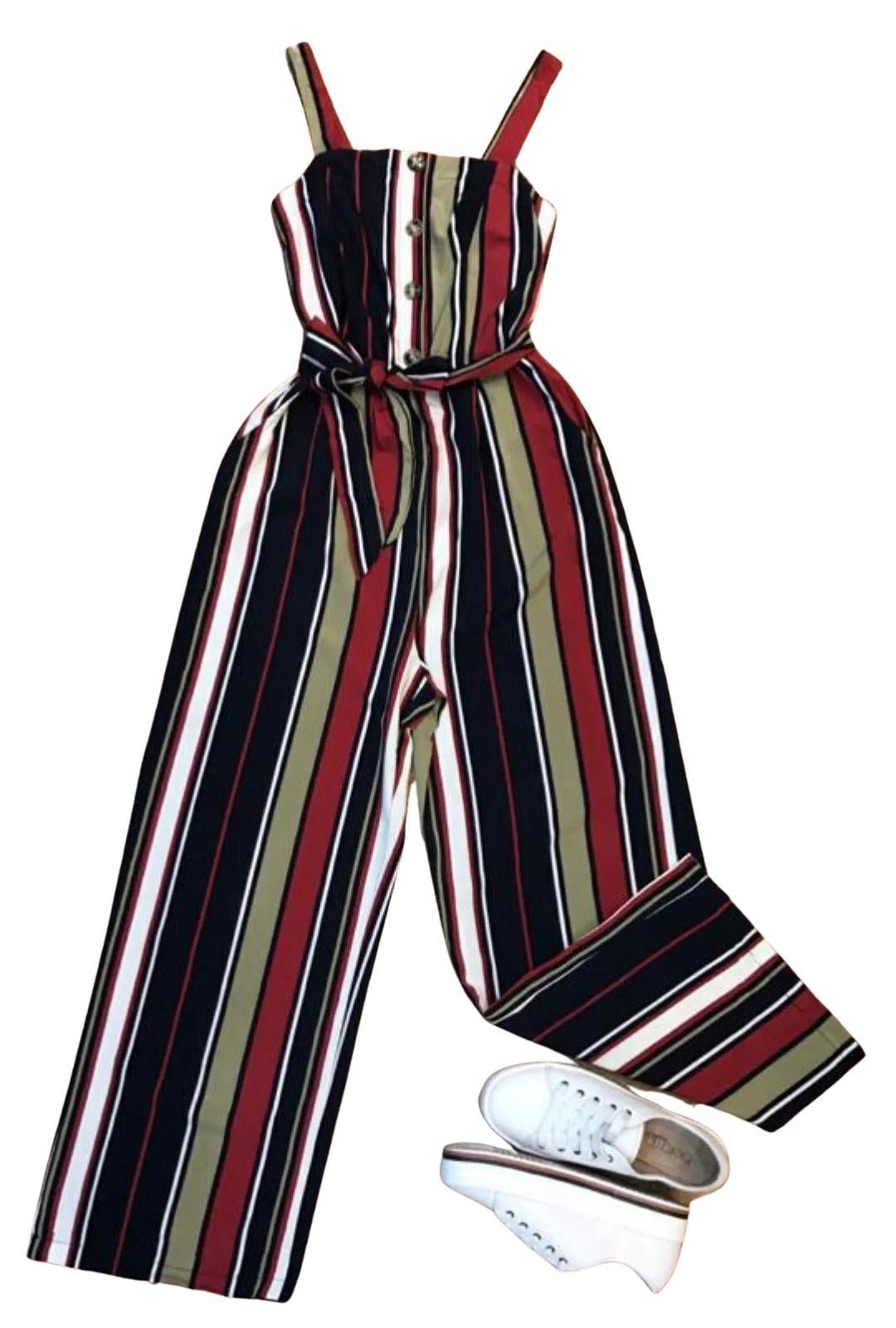 Macacão De Alcinha Listrado Gabi  - ModaStore