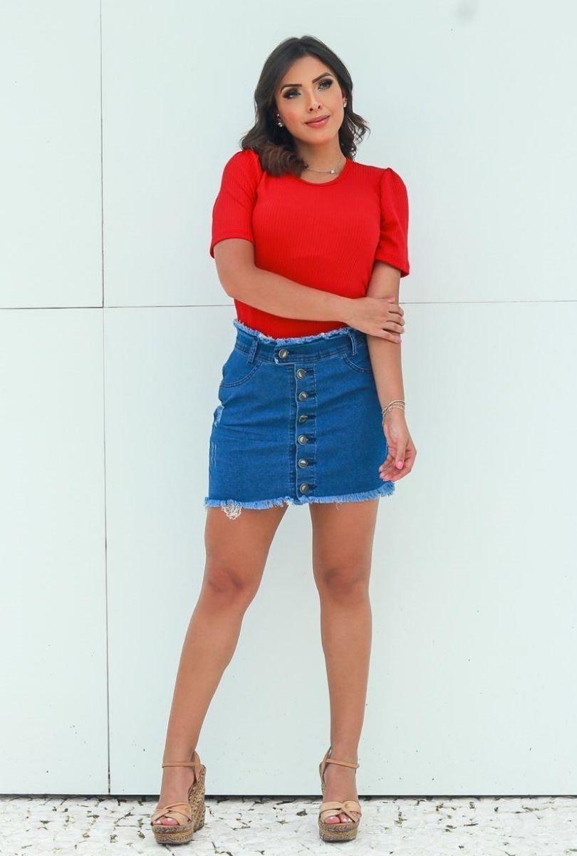 Mini Saia Jeans Feminina Com Botões e Lycra Cintura Alta Cós e Barra Desfiada   - ModaStore