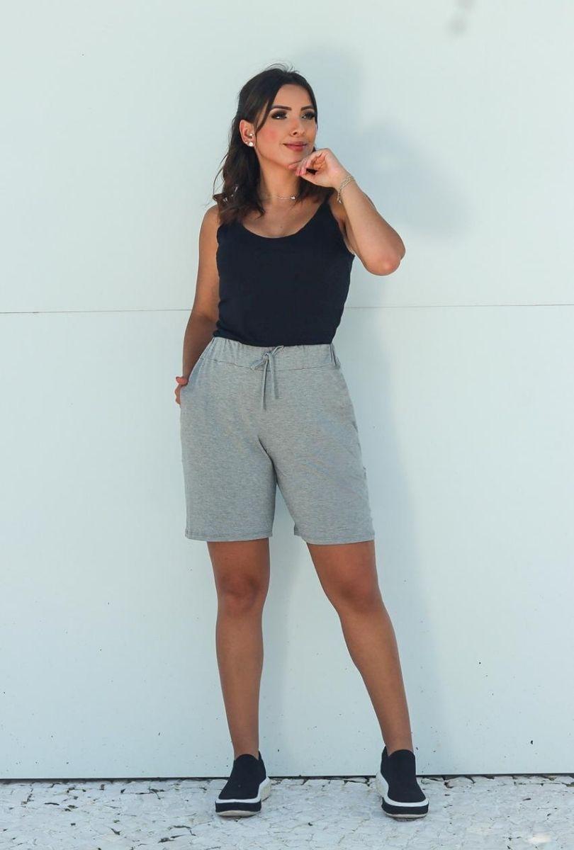 Shorts Básico Feminino Cinza Claro  - ModaStore