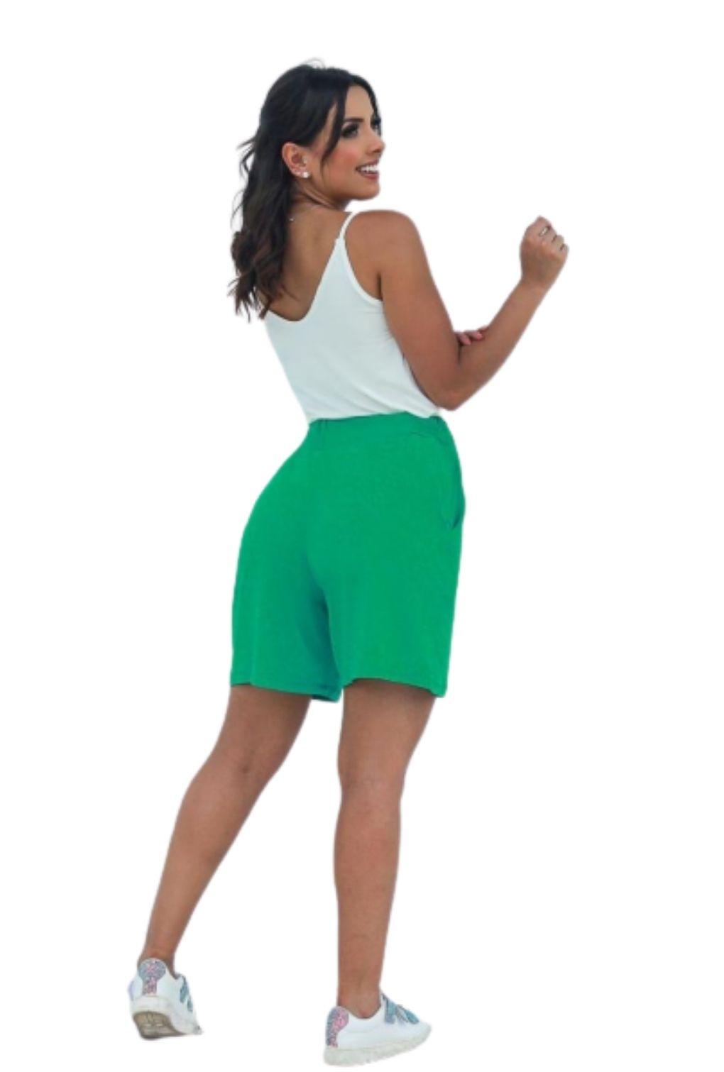 Shorts Básico Feminino Verde  - ModaStore   Moda Feminina