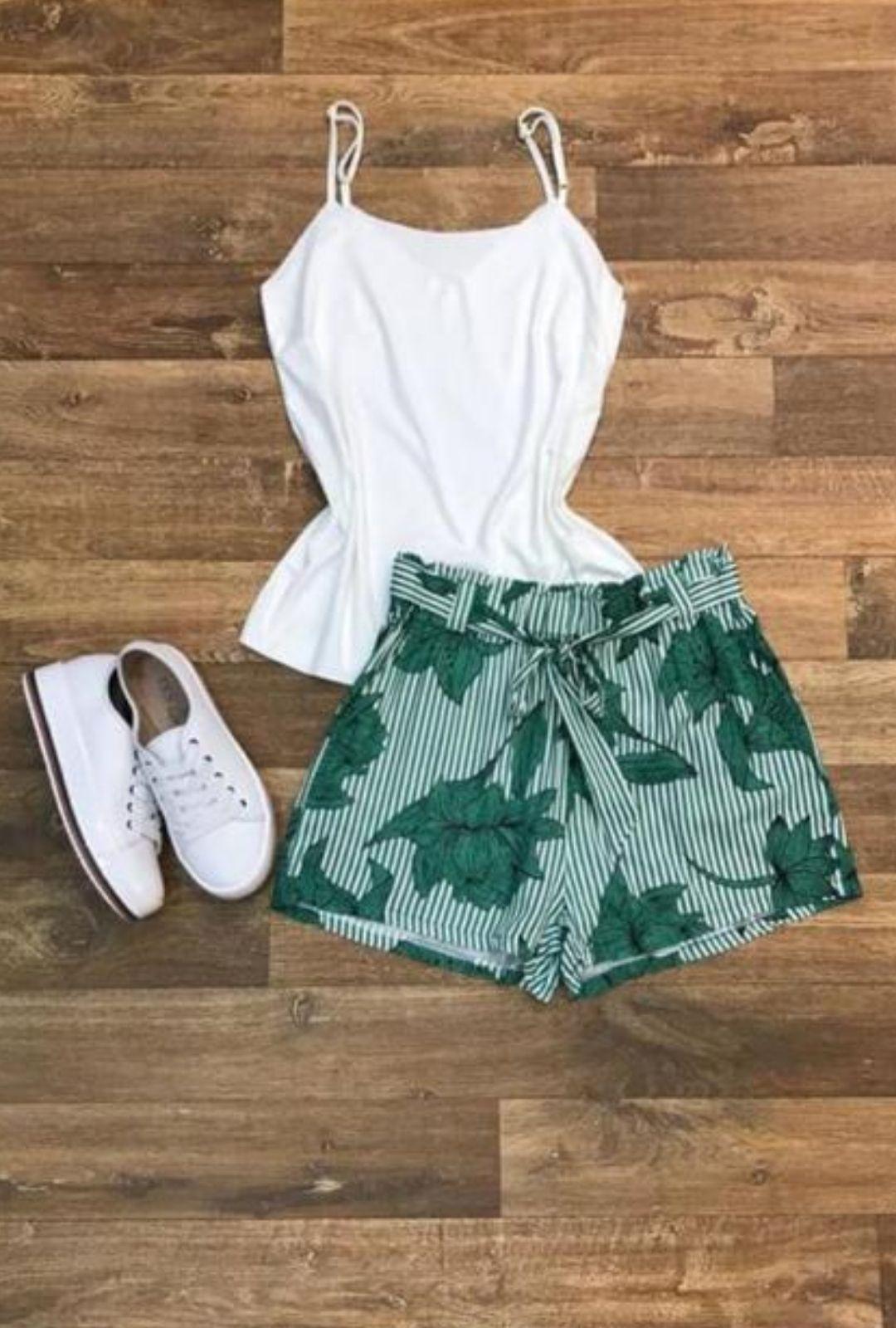 Shorts Listra e Folhagem  - ModaStore