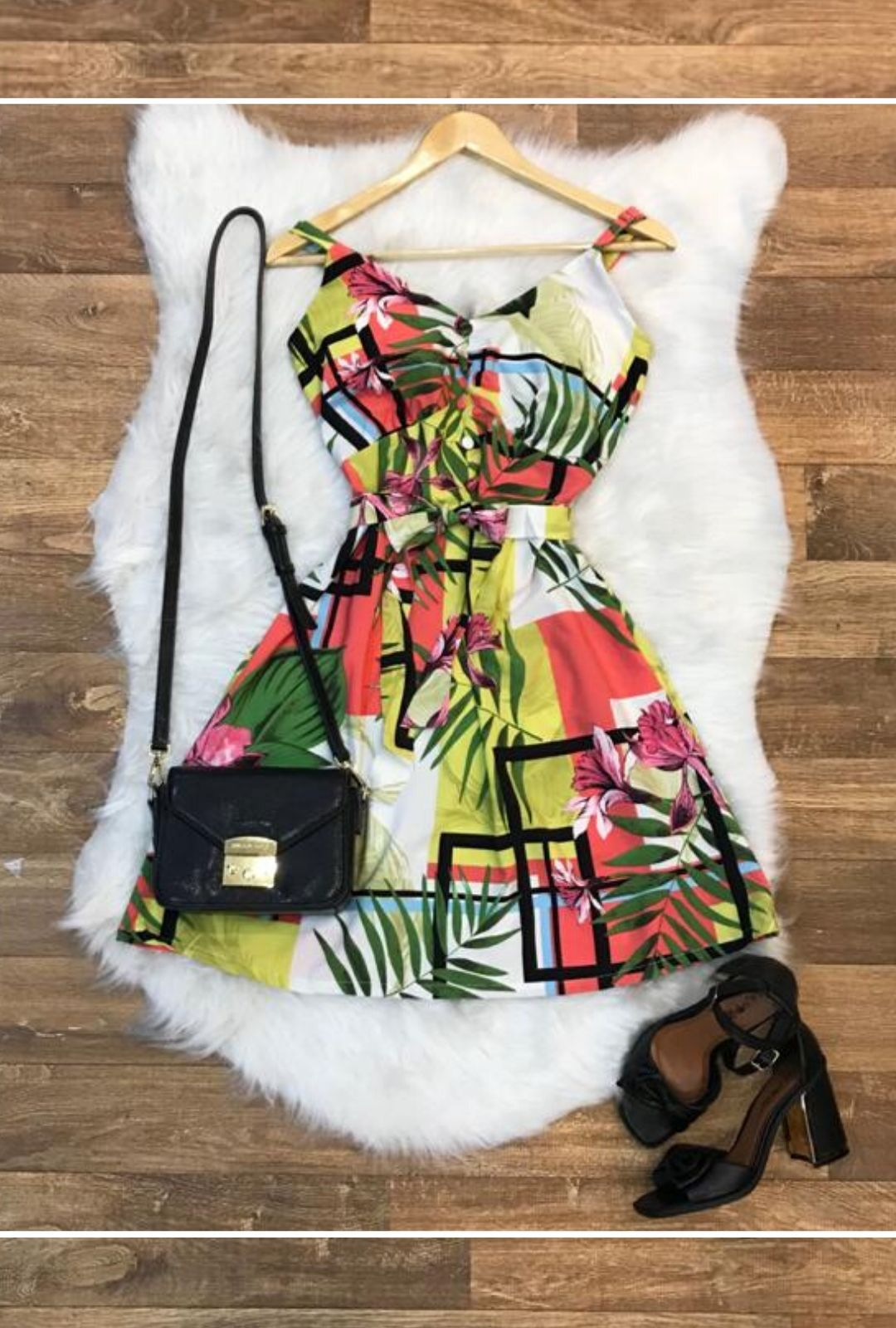Vestido Curto Thais  - ModaStore