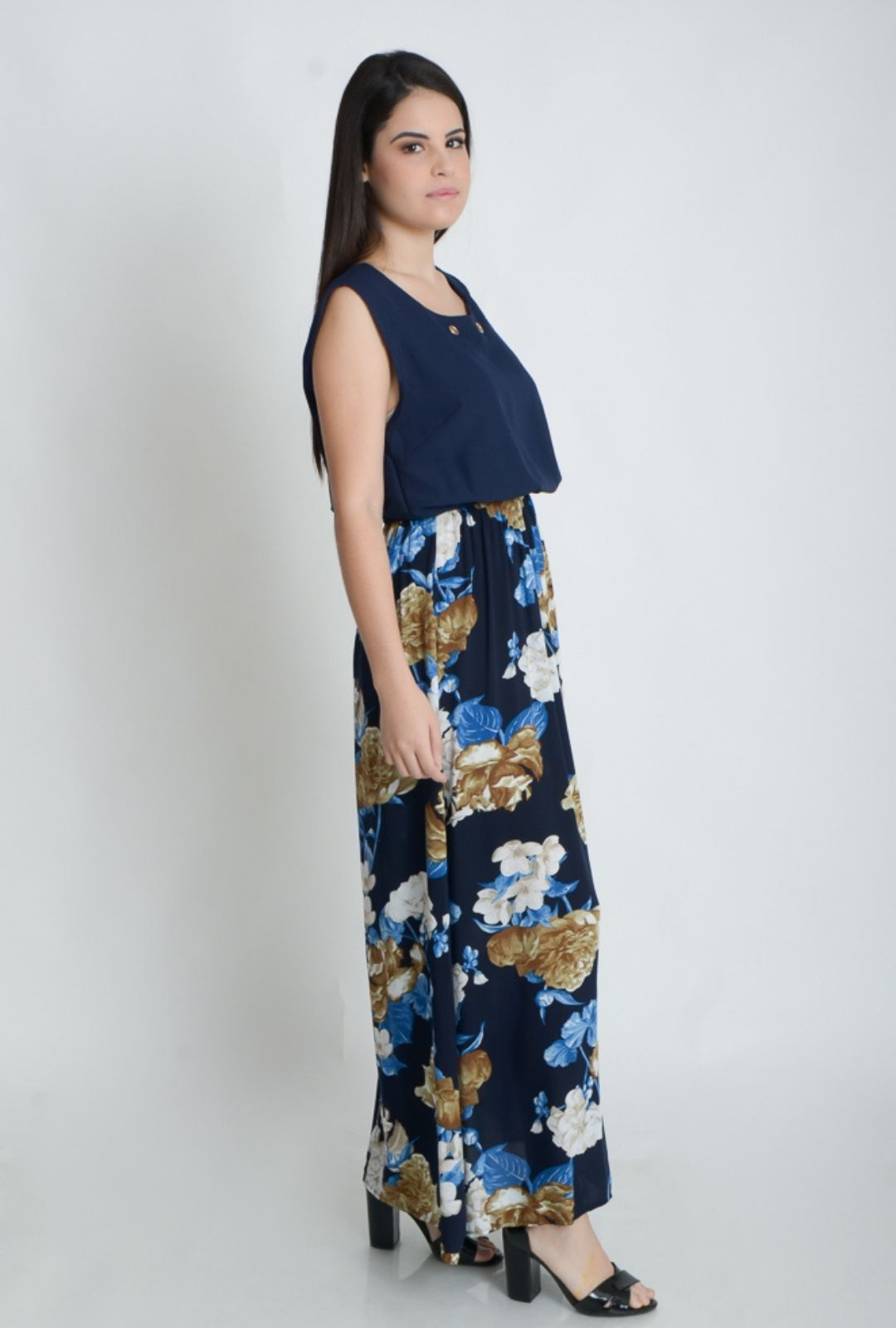 Vestido Longo Regata com Colar  - ModaStore | Moda Feminina