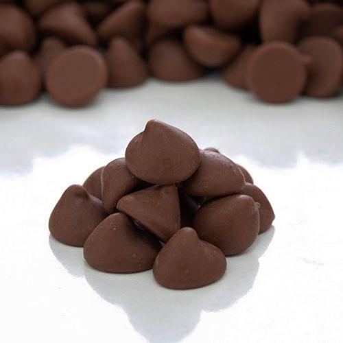 CHIPS FORNEÁVEIS CHOCOLATE AO LEITE -  GRANEL (10KG) - SICAO  - Santa Bella
