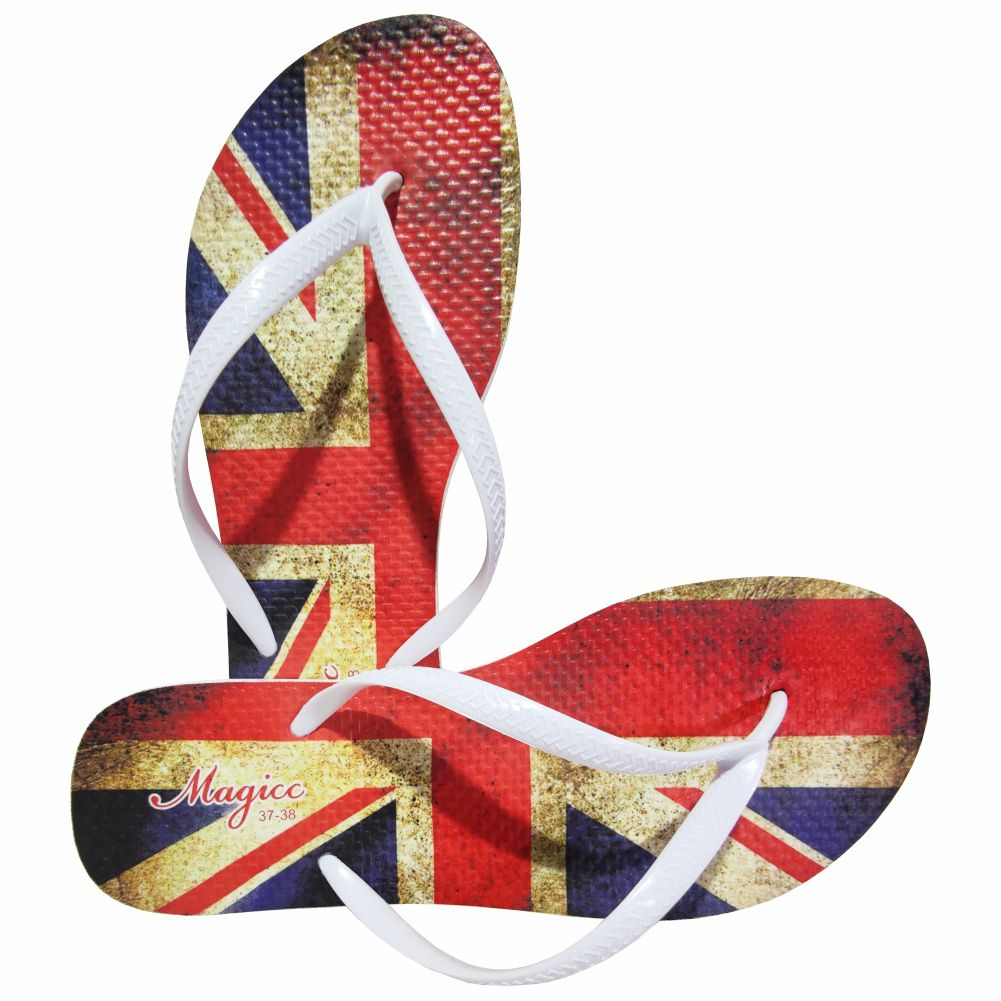 Kit Casual Feminino Bandeira do Reino Unido com Bolsa, Necessaire e Chinelo, Magicc