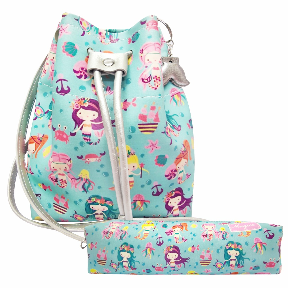 Kit Infantil Feminino Bolsa e Estojo Sereias Fundo do Mar, Magicc