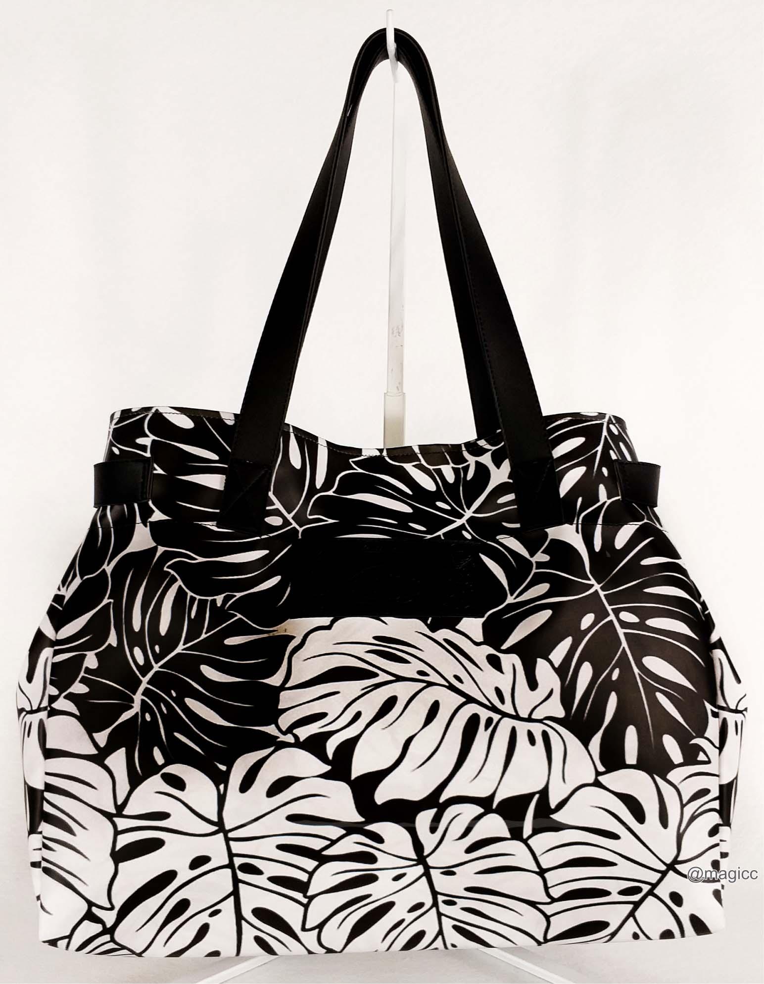 Kit Feminino Tropical Branco e Preto com Bolsa, Necessaire e Chinelo, Magicc