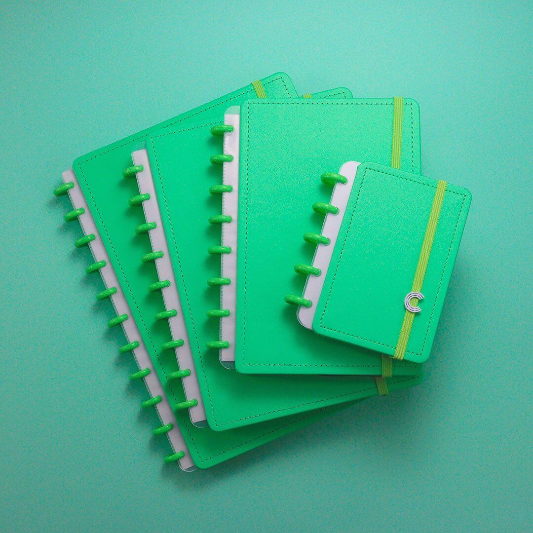 Caderno Inteligente Médio Color All Green