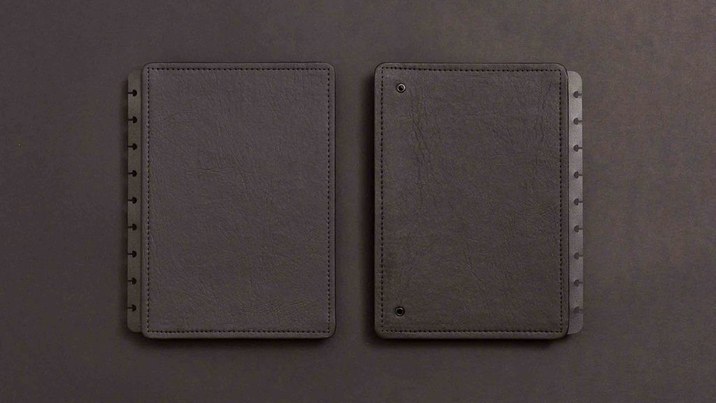 Capa e Contracapa Caderno Inteligente Black Ecológico Médio