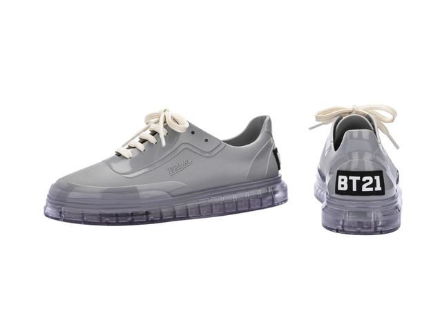 Melissa Classic Sneaker + BT21 - Cinza/Vidro