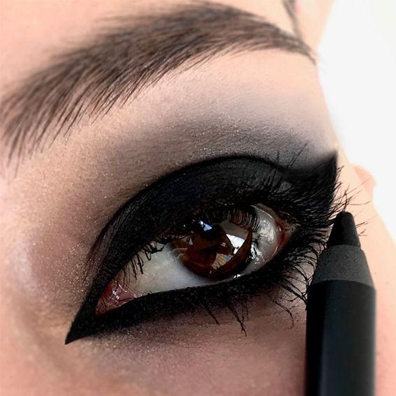 DELINEADOR CARBON BLACK Koloss Make Up