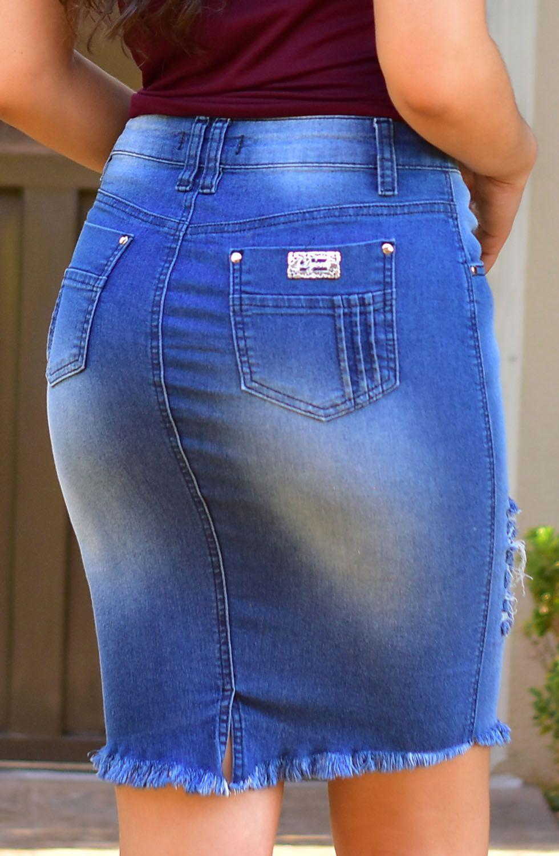 Saia Jeans Claro Com Rasgos e Barra Desfiada Dyork Jeans