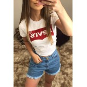 T-Shirt Feminina Levis