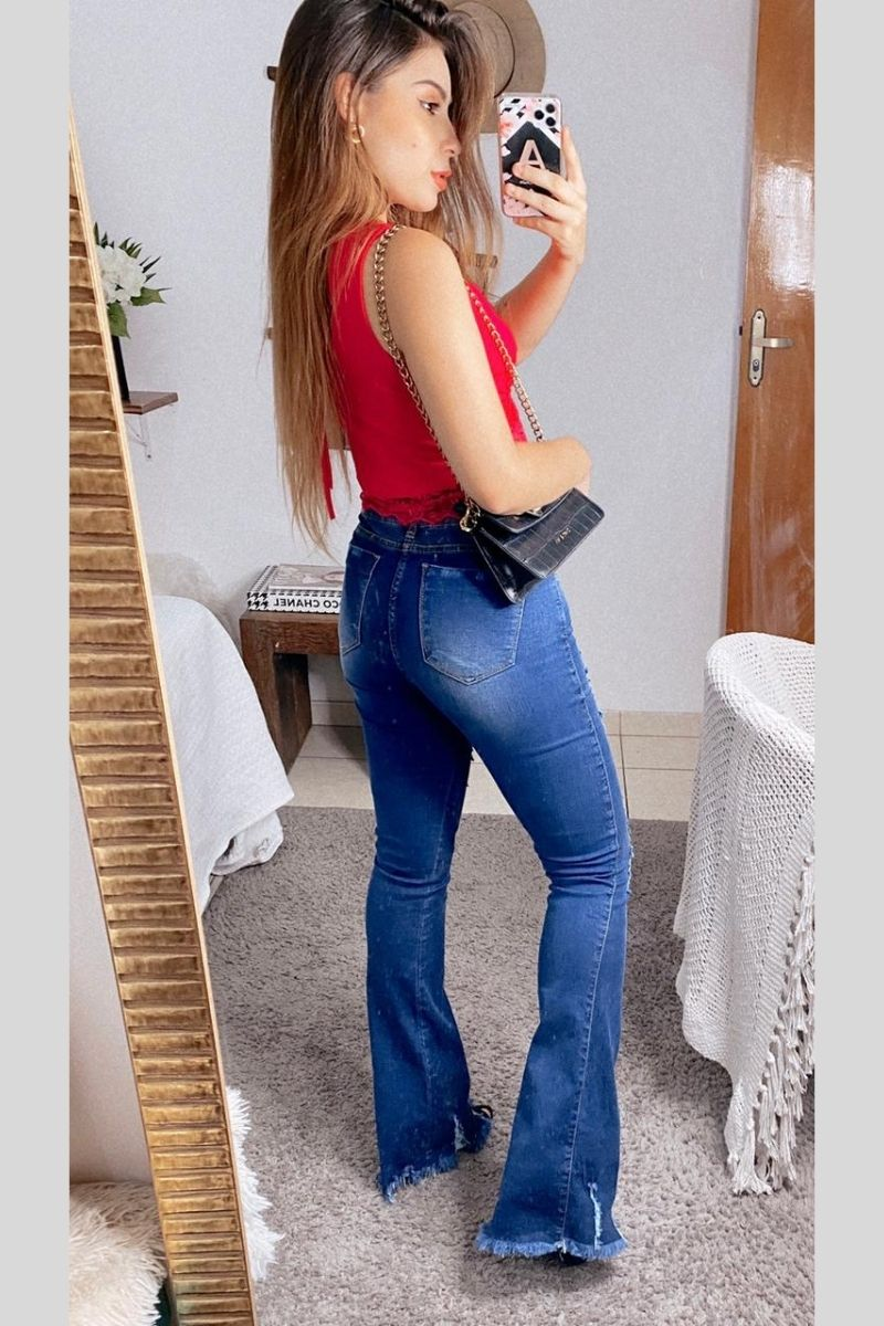 Calça Jeans Feminina Flare Viviane
