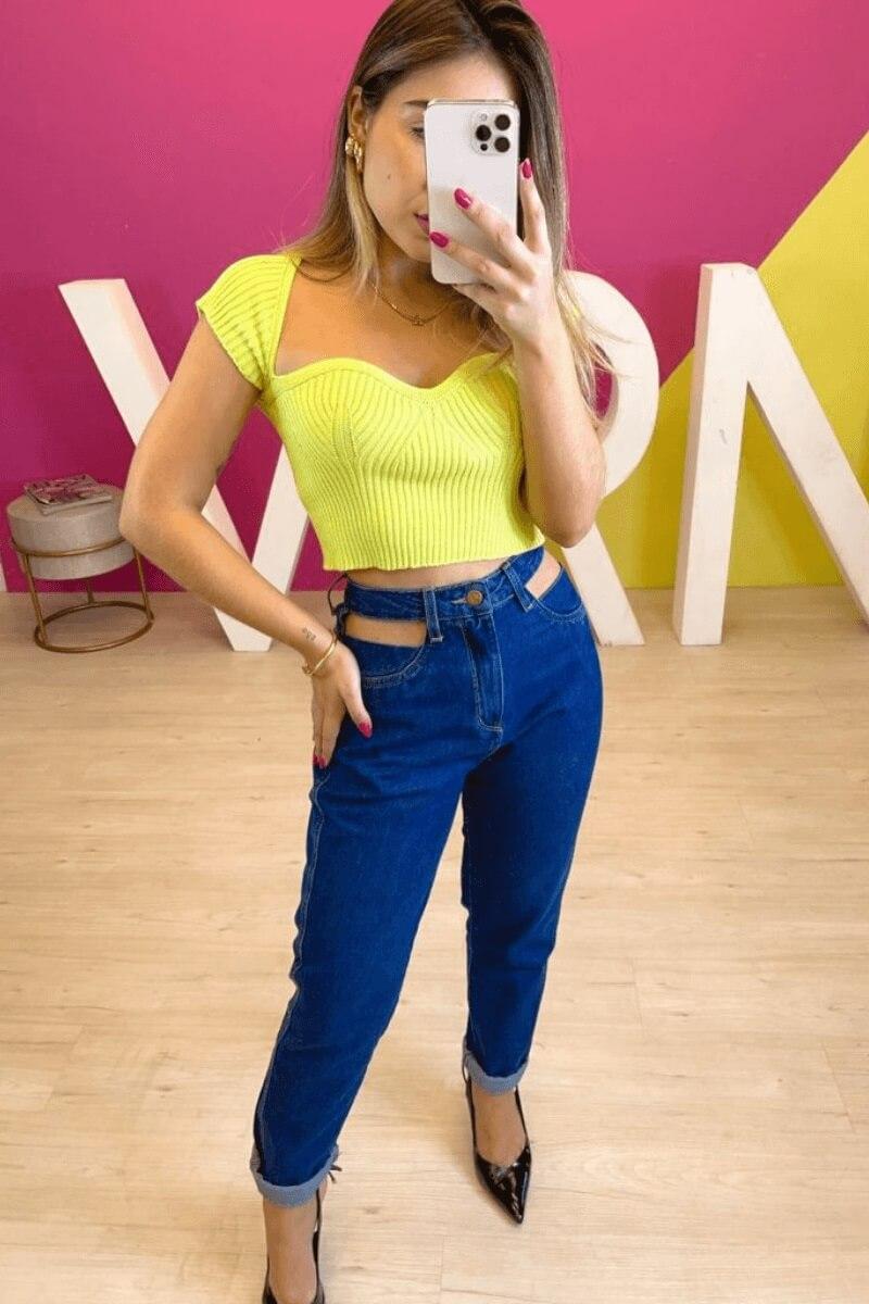 Calça Jeans Feminina Pantalona Bolso Vazado
