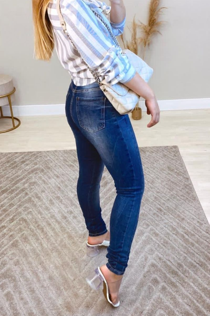Calça Jeans Feminina Suécia