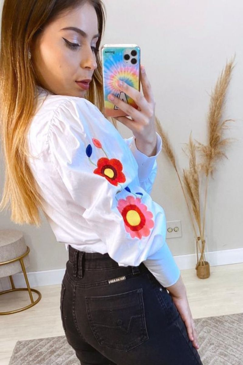 Camisa Feminina Bordada