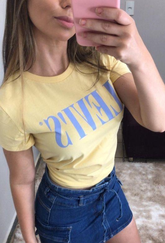 T-Shirt Levis Feminina
