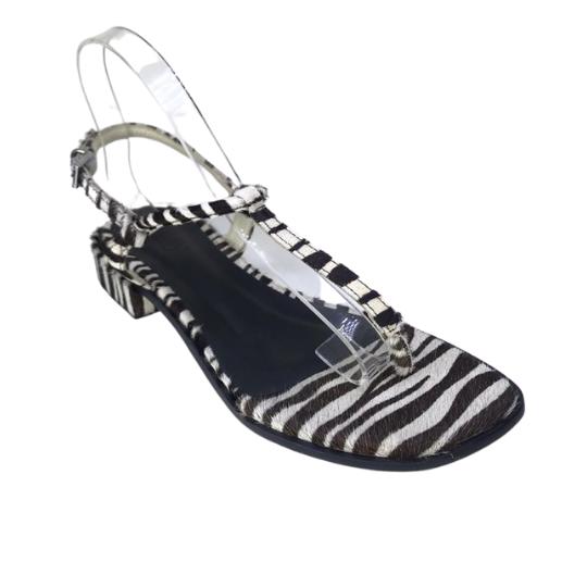 Rasteira Lolla Pelo Zebra 2,5 cm