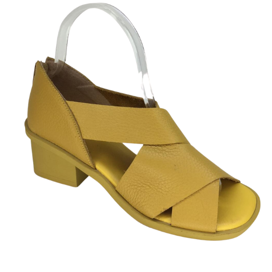 Sandália Juju Couro Amarelo 4 cm