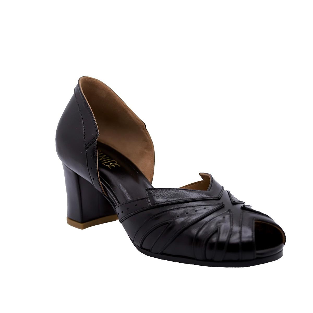 Sapato Manolo Pelica Preta 6 cm