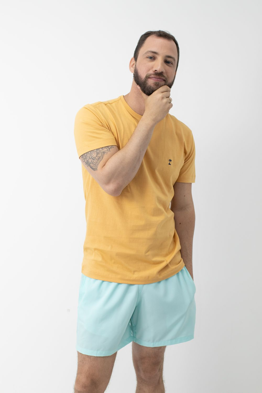 Camiseta Lisa com Gola Careca AD Mostarda