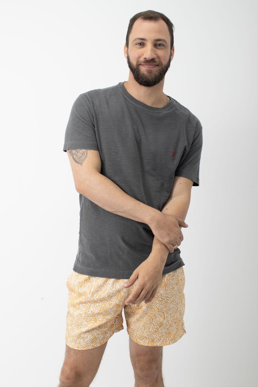Camiseta Stone em Gola Careca AD Cinza