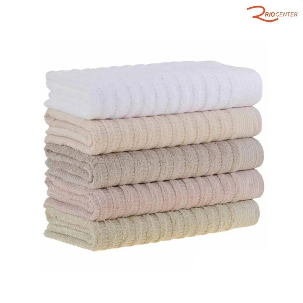 Na compra de 02 toalhas de banho, ganhe 01 de rosto.