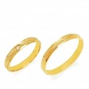 Aliança de Prata com banho de Ouro, Fina, Reta e Diamantada com Zircônia - O PAR