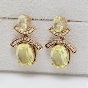 Brinco de Ouro Rosê, Com Quartzo Green Gold e Diamantes