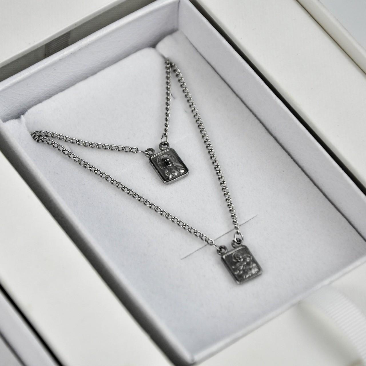 Kit Completo para Padrinhos, contendo, Box Personalizada, 1 escapulário Masculino de Aço e 1 Feminino de Prata 925