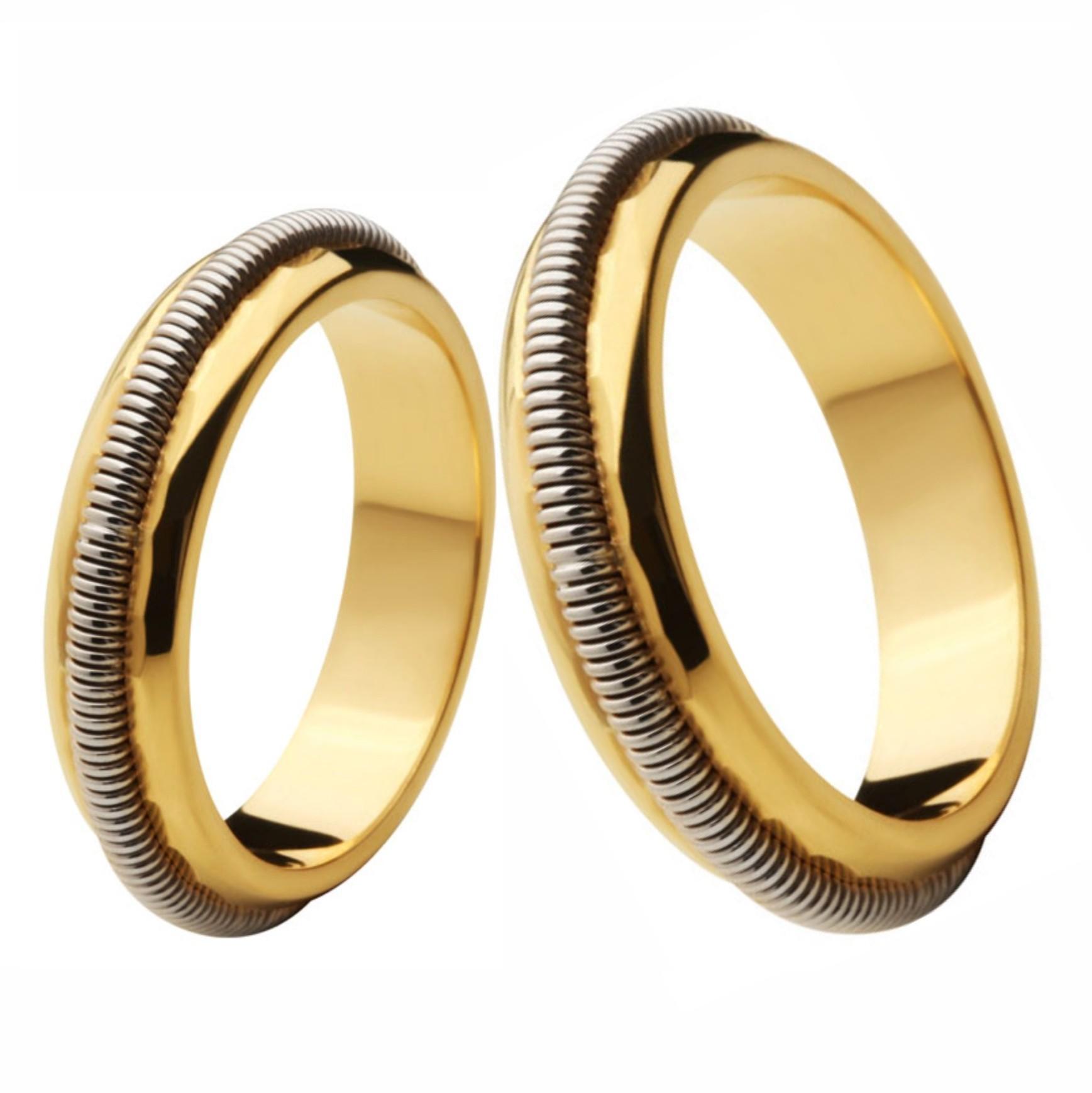Aliança Bodas de Prata, Ouro 18k / 750 - Abaulada, com trabalho espiral de Ouro Branco em alto relevo - O PAR
