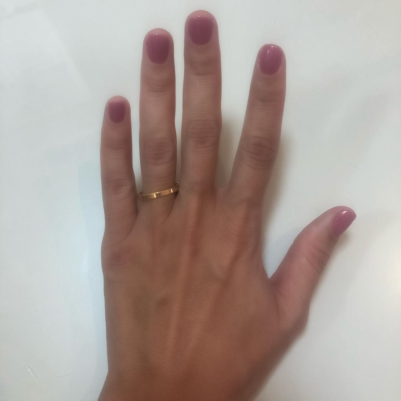Aliança Tradicional de Ouro 18k / 750, Fina, Reta com Cantos Cortados - O PAR