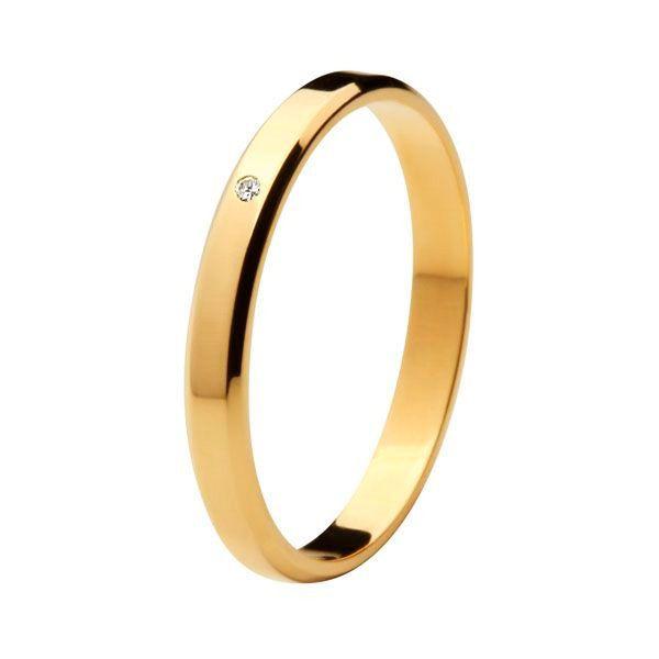 Aliança Tradicional de Ouro 18k / 750 - Reta com Cantos Bisotados e Diamante Cravejado