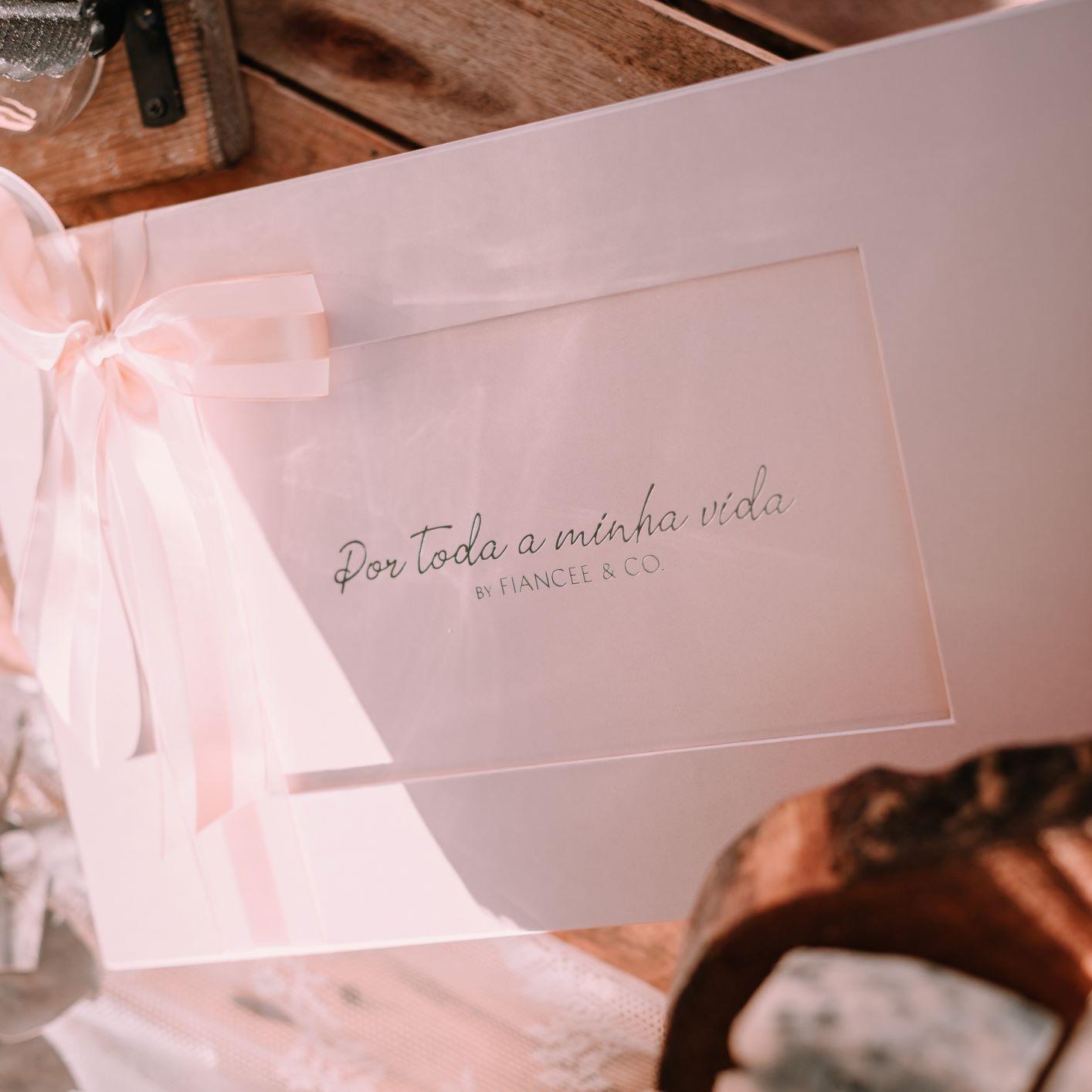 Colar símbolo do Infinito de Ouro Rosê, com Turmalina Rosa e Diamantes,