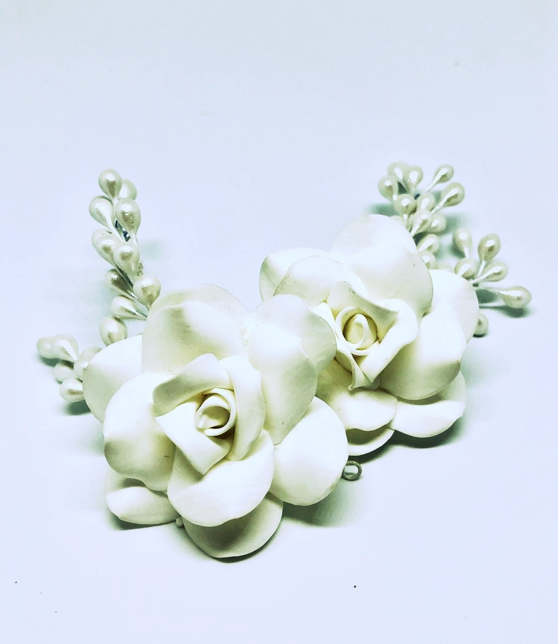 Arranjo para Noivas, de Porcela fria , com detalhes em pistilos esmaltados - Flores Mako