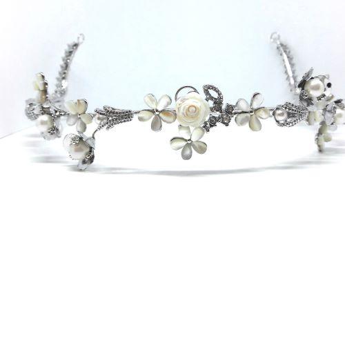 Tiara Para Noivas, Banhada a Ródio (Ouro Branco), cravejada com Zircônias, Pérolas e Madre Pérolas - Tiara Coqueiros
