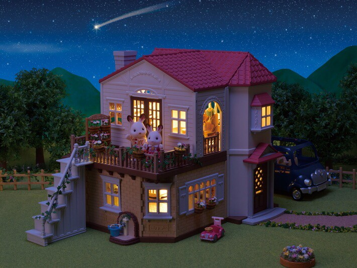Casa Telhado Vermelho com Luzes