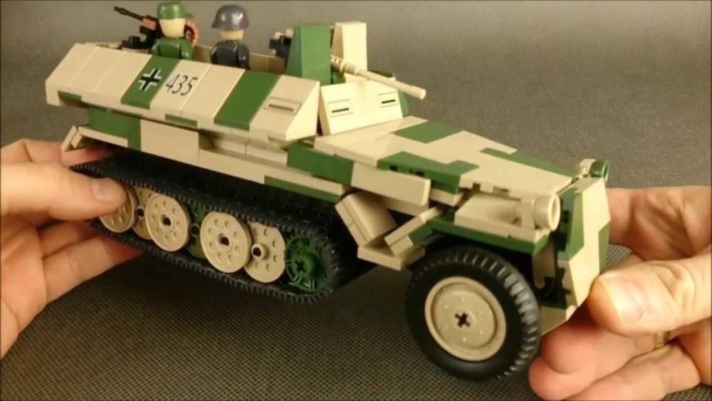 COBI World War II - Sd Kfz 251/10 Ausf.C