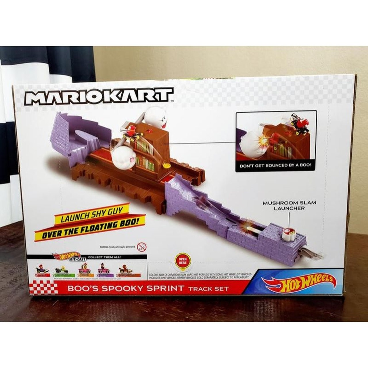 Hot Wheels -  Mario Kart Conjunto Nemesis Boo's Spooky