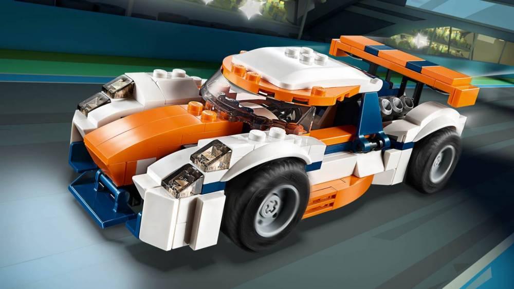 LEGO Creator Modelo 3 Em 1 Piloto do Pôr do Sol 31089